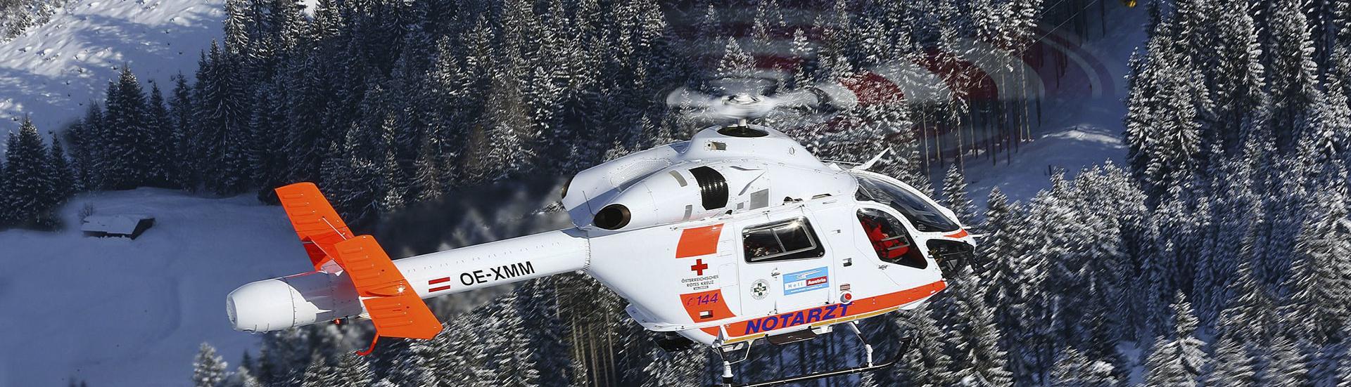 Hubschrauber Heli Austria - Notarzthubschrauber OE-XMM, Lackierung - Kfz Fachbetrieb Preussler - Radstadt, Österreich