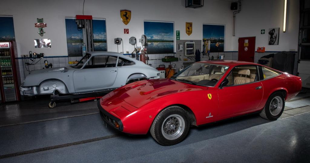 Ferrari 308, Oldtimer-Restauration im Kfz-Fachbetrieb Preussler in Radstadt, Österreich