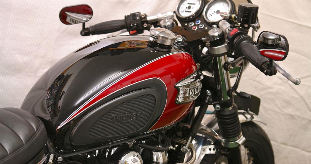 Motorrad Triumph Cafe Racer - Lackierung - Kfz Fachbetrieb Preussler - Radstadt, Österreich